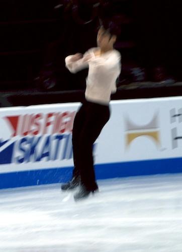 Daisuke Takahashi in a jump