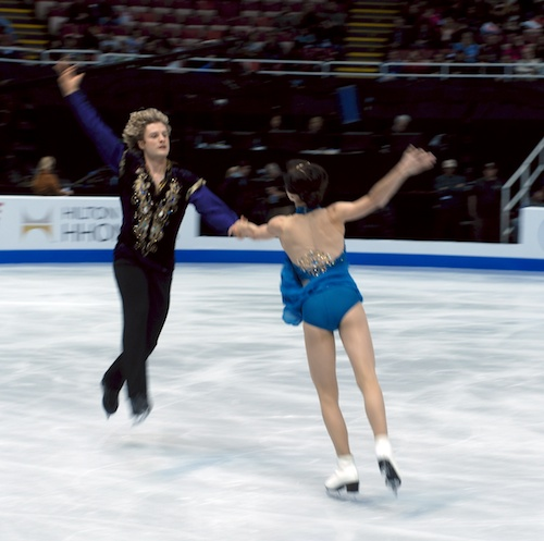 Davis and White warming up their elements at Skate America