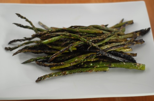 asparagus, grilled, on a plate