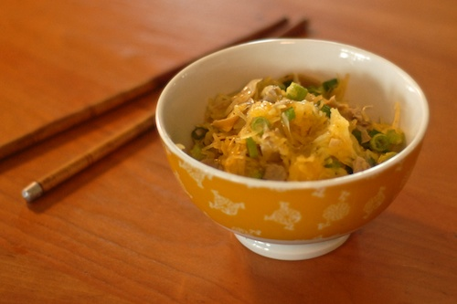 finished spaghetti squash dish shown in bowl with chopsticks
